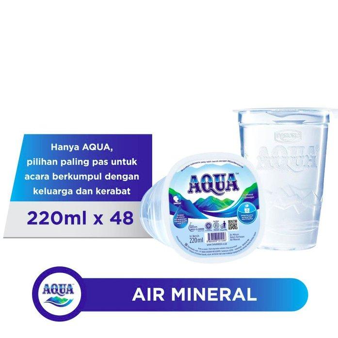 AQUA Air Mineral  220ml (1 dus isi 48 gelas)